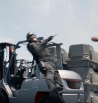 《美国队长2》IMAX3D周五上映 为《复联2》打前哨战